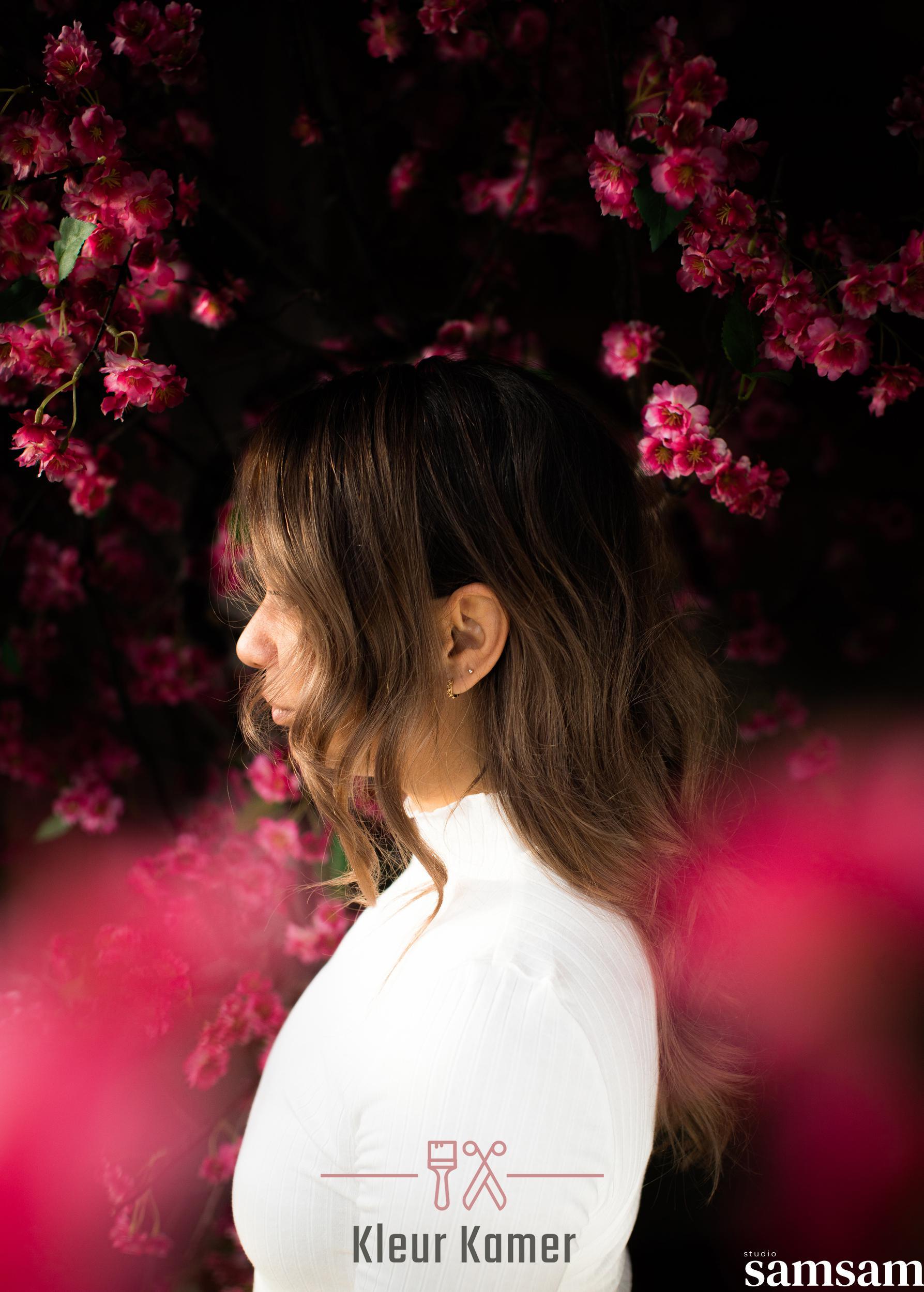 Studio samsam voor Kleurkamer Alisa en Alyssa bloemen