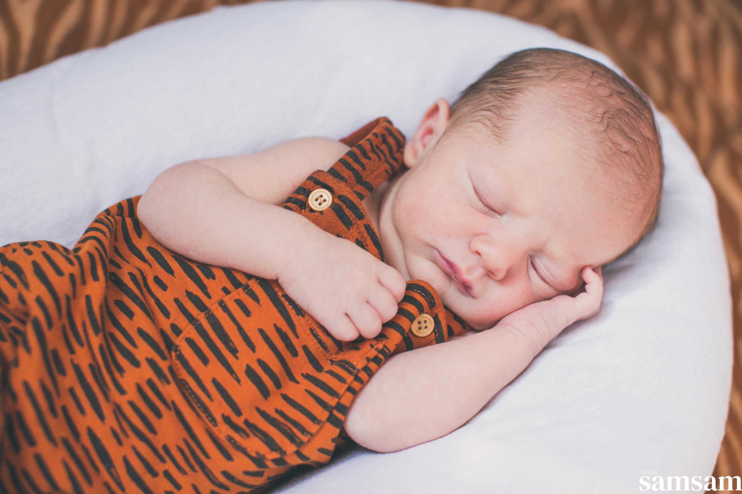 Studio samsam newbornshoot newborn Jaxx 15