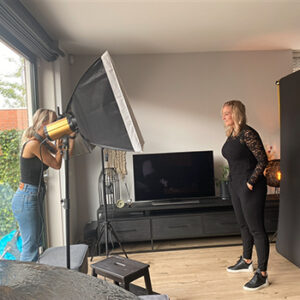 Fotoshoot portret behind the scenes in Wormer, Wormerland, Zaanstad